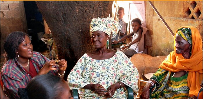 Dialoguing about women's roles in Guinea