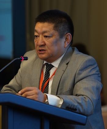 Dr Kosmosbek Cholponbaev