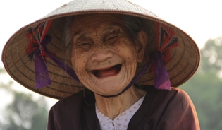 This Vietnamese women is 84 and still going strong. Like many of her age, she does not receive a pension and still needs to work to make ends meet.