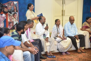 PM-JAY beneficiaries share their experiences with the Prime Minister