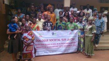 Benin team members launch societal dialogue on UHC in town of Adjarra