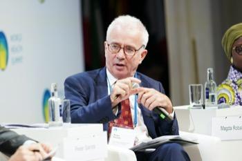Peter Sands, Director, GFATM